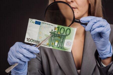 Let op! Vals geld in omloop. Hoe herken je dit zonder hulpmiddelen?