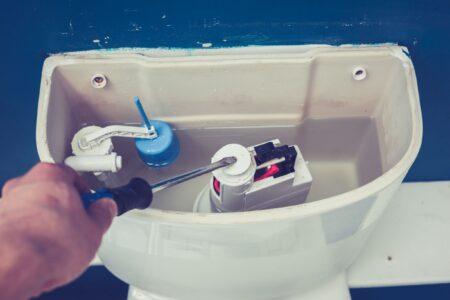 Blijft je toilet doorlopen? Zo los het op