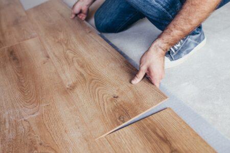 Wil je een nieuwe laminaat vloer? Zo leg je het zelf.
