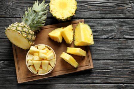 Kan ananas helpen om af te vallen?
