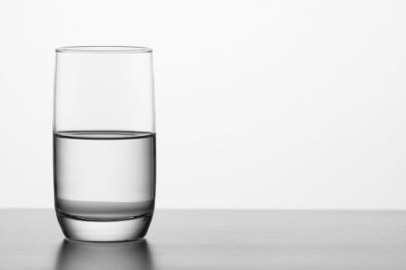Kan je ook teveel water drinken?