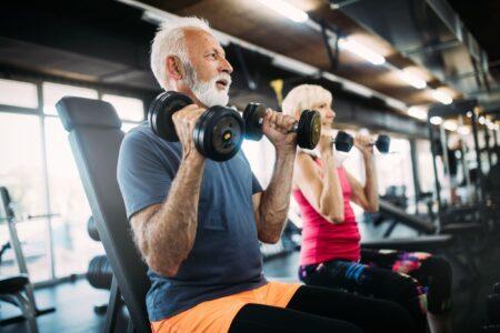 Waarom worden we zwaarder als je ouder wordt?